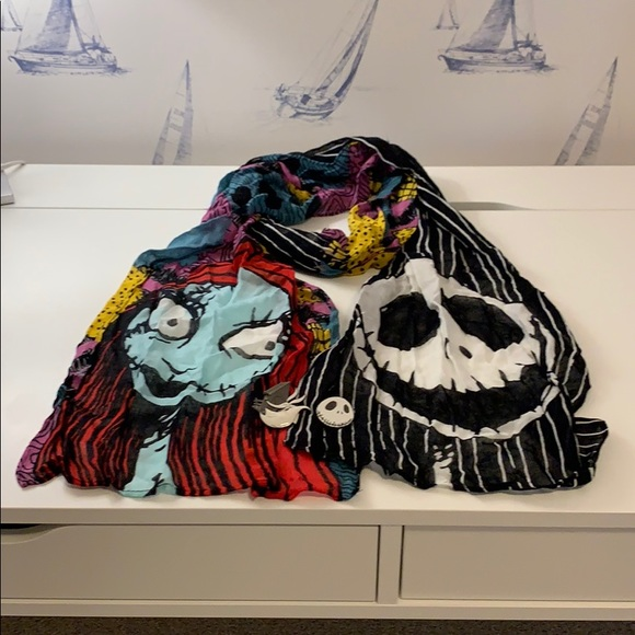 Nightmare Before Christmas Scarf & Pins